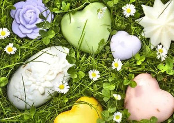 Bild von Schafmilchseife - Lavendel - Rosenform (1kg/39,50€)